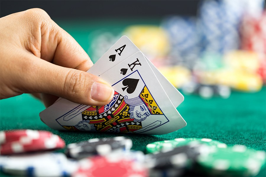 Interesting Variants of Blackjack You can Enjoy Online