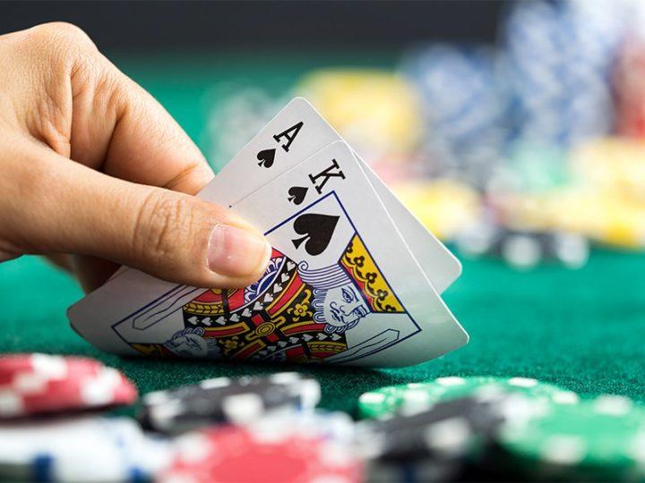 Interesting Variants of Blackjack You can Enjoy Online