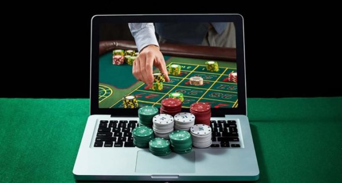 Why online casinos are better than the land-based casinos?