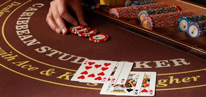 How to play Caribbean stud poker?