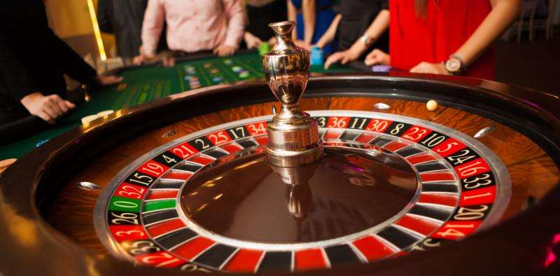 Type of Roulette Bets, equipment and chips used
