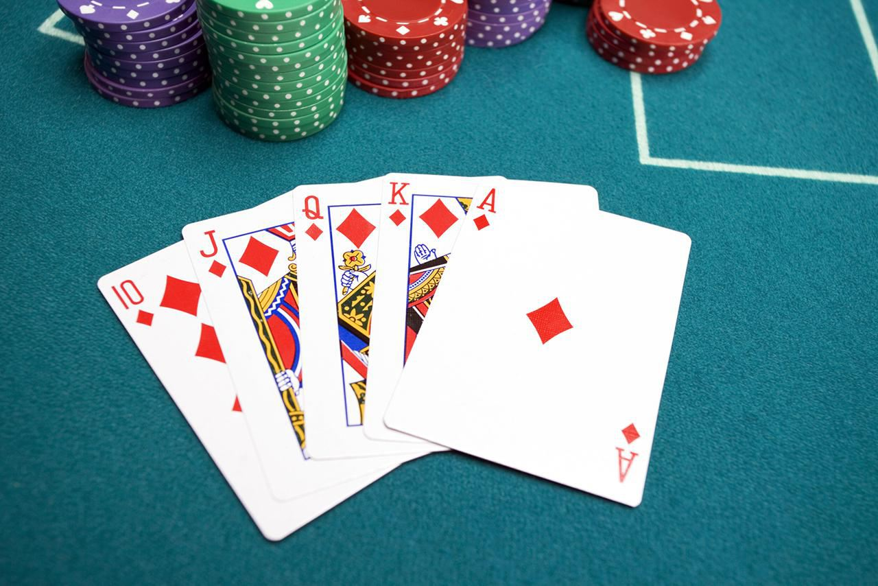 Learn to Play Four Card Poker
