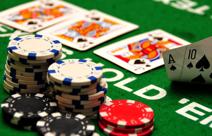 How to play 7 card stud poker? 7 card stud poker strategies for beginners