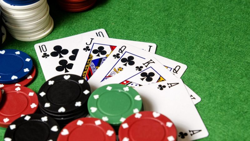 Want to Know How to play online Poker for beginners? This one's for you!