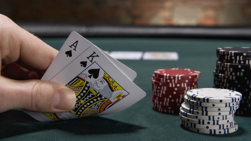 How to Play Blackjack at Beginners Level