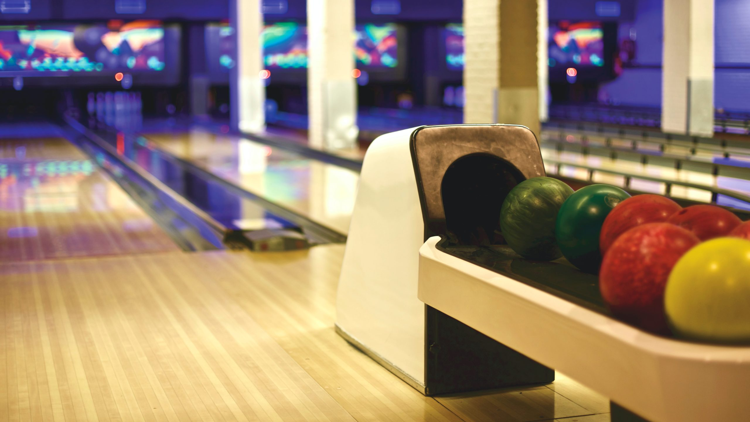 How to choose the right Bowling ball?