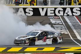 How NASCAR makes money?