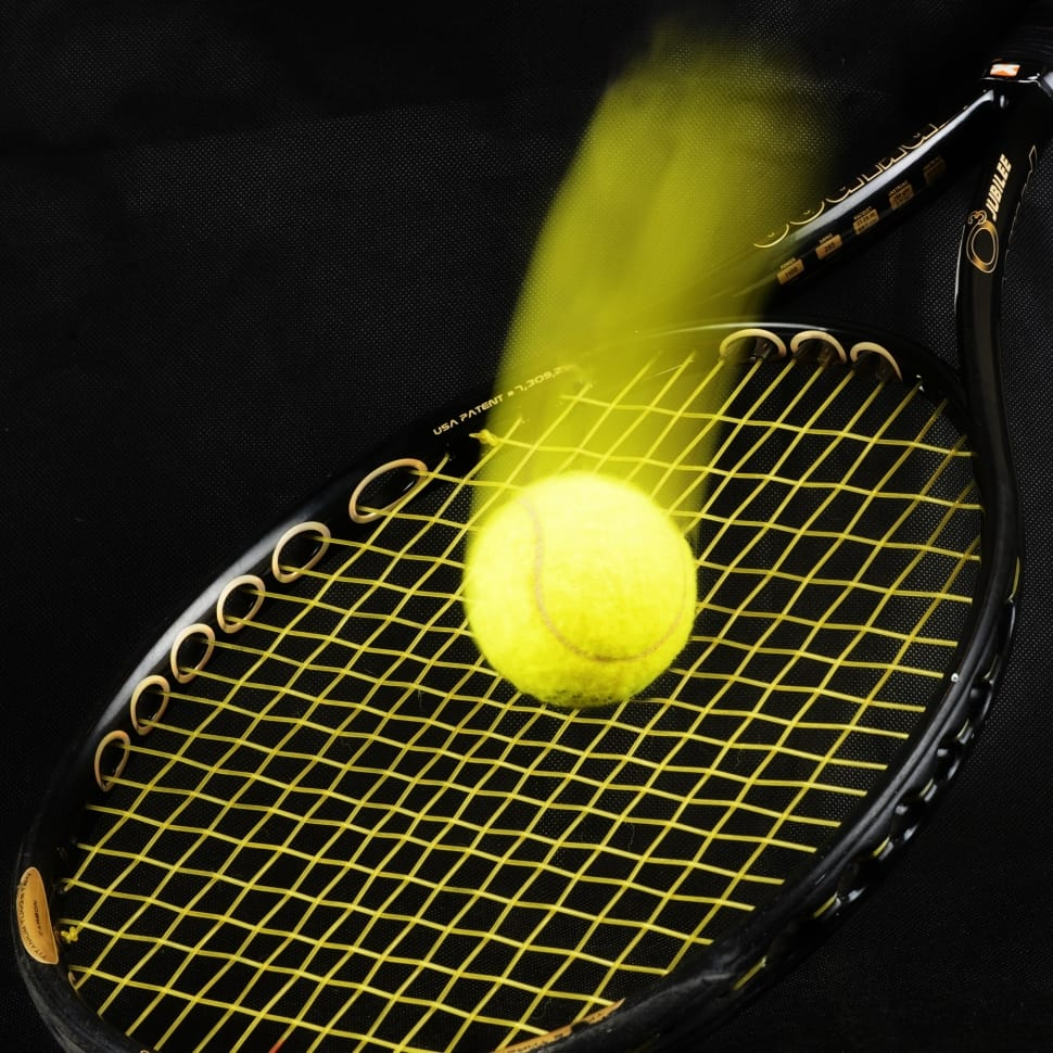 How to Choose the Best Tennis Racquet for Control and Power
