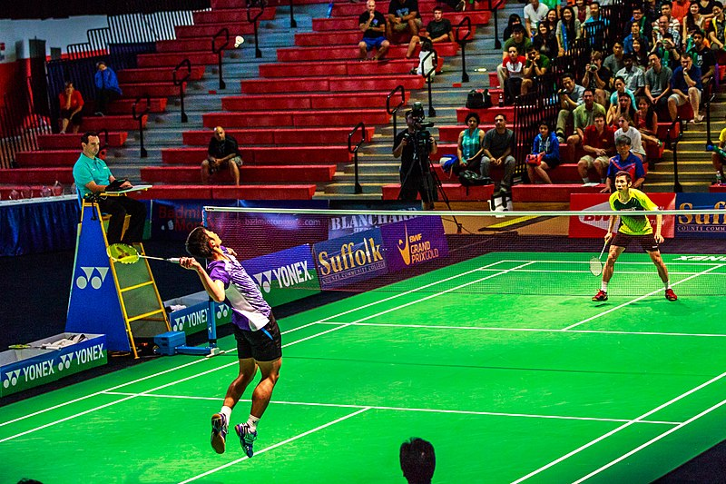 learn How to play badminton singles