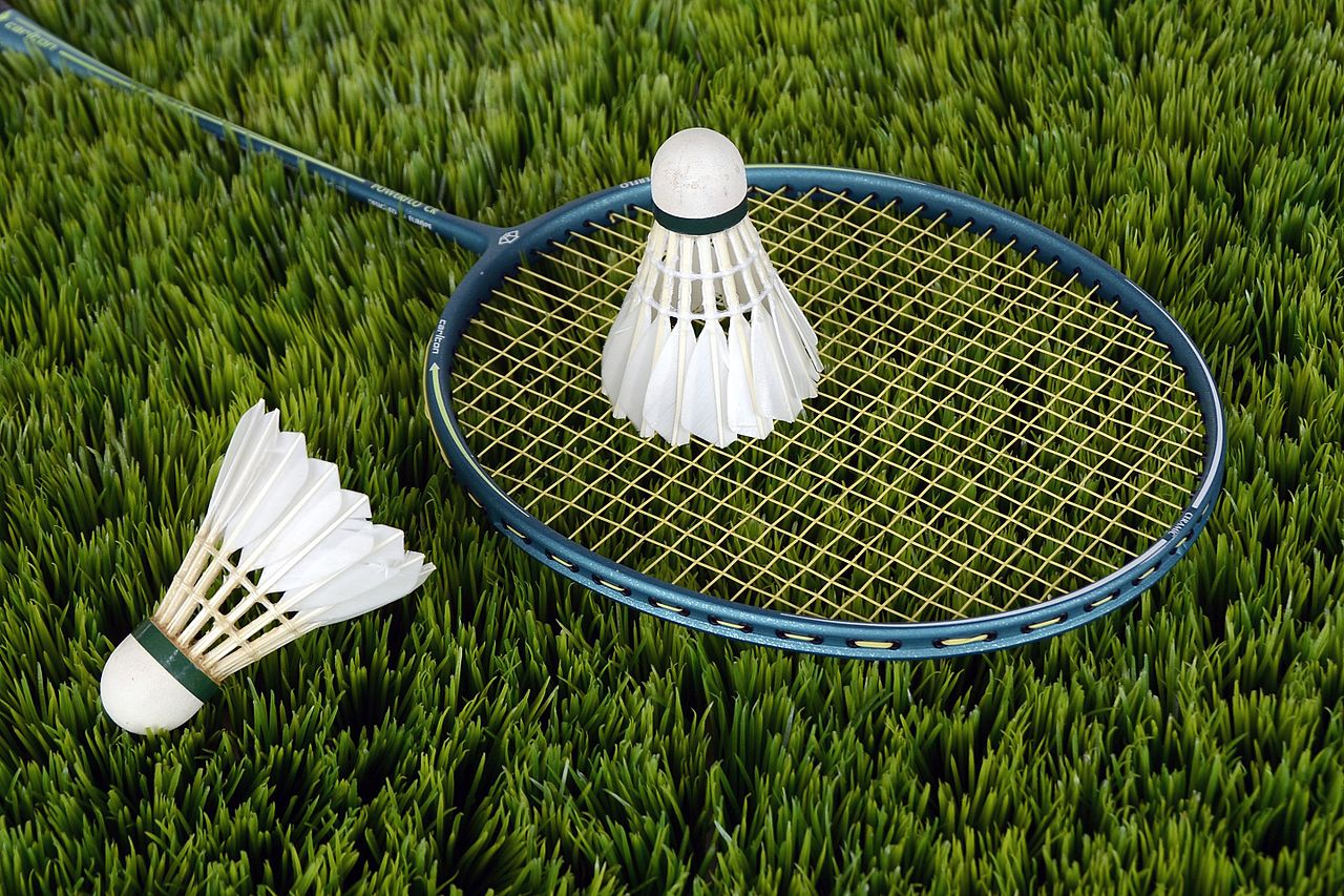 How To Play Badminton? Badminton Rules for Beginners