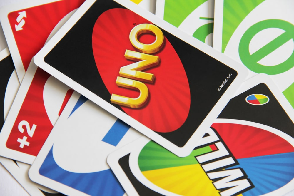 How to Play UNO Cards?