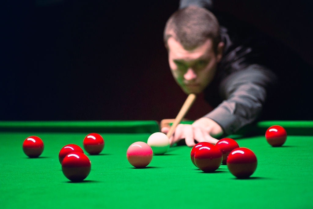 How To Play Snooker: Tips For Beginners