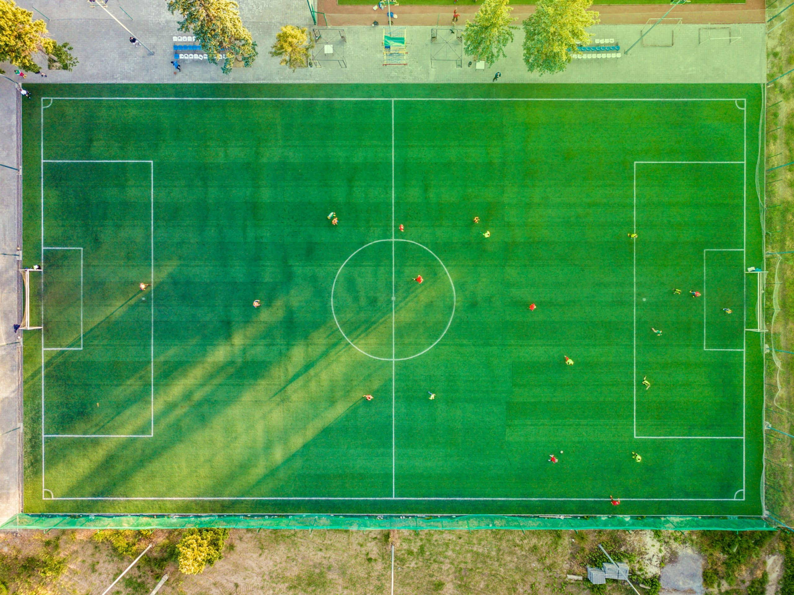 How to Play Football? – Football Rules and Regulations