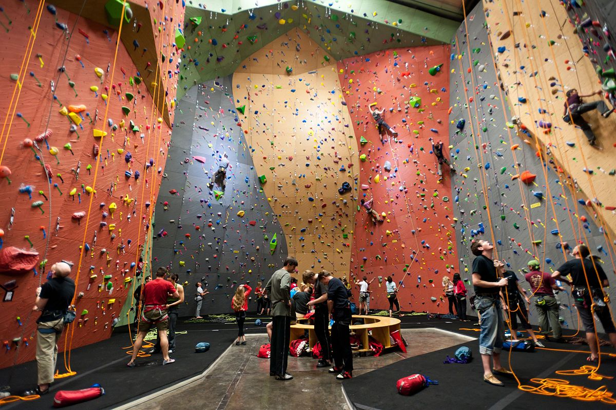 What to Wear for Indoor Rock Climbing?