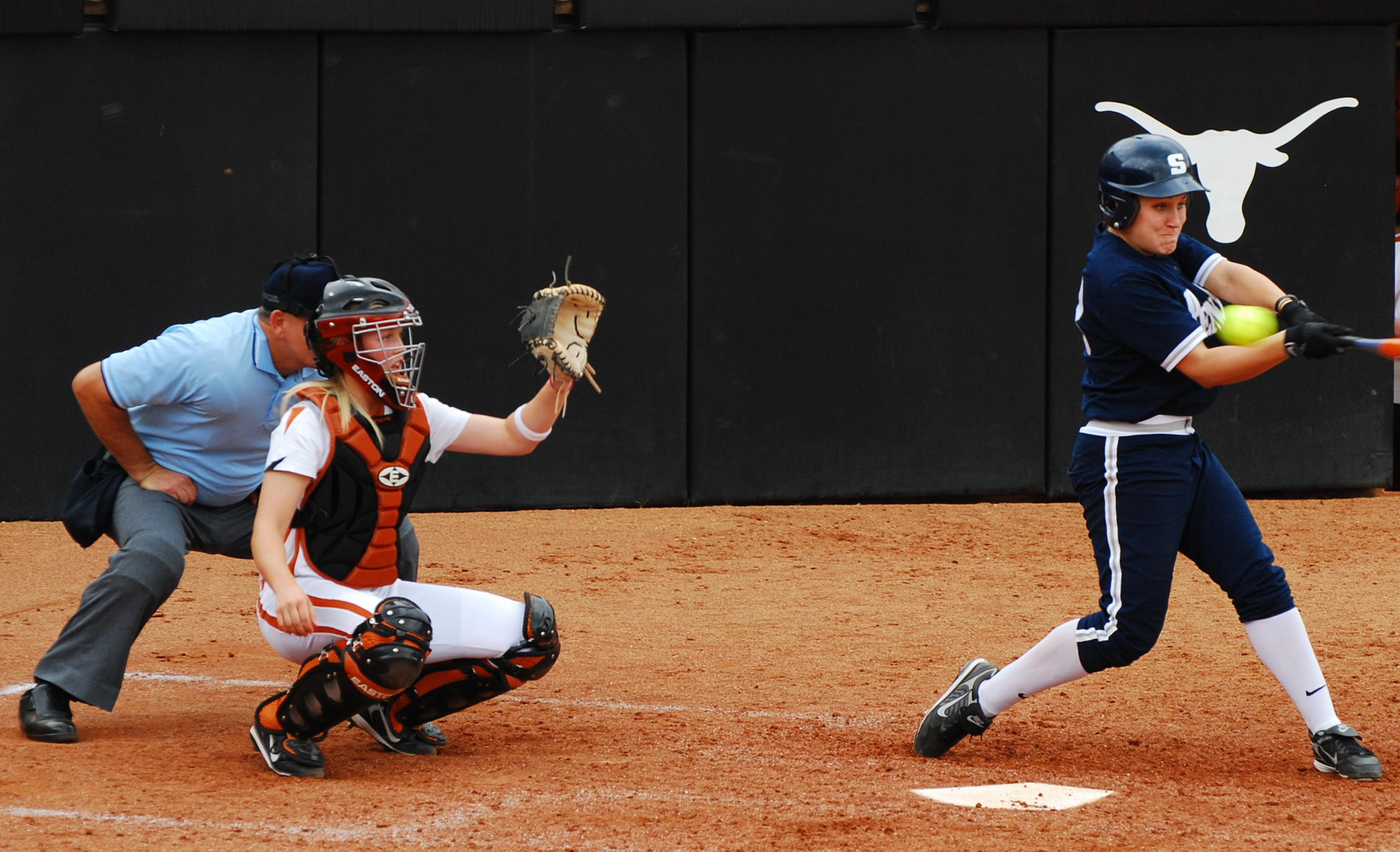The Basic Rules And Guidelines To Play Softball