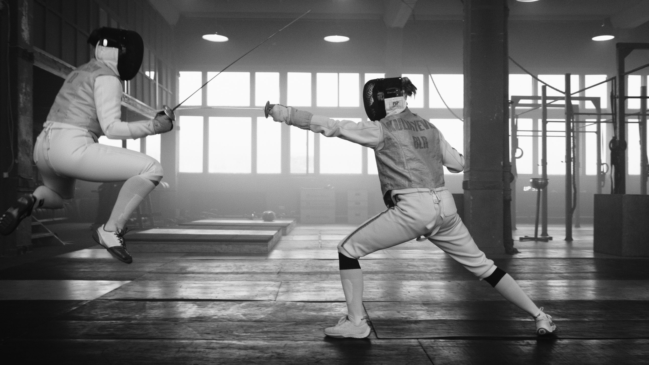 Understanding The Dynamic Game Of Fencing