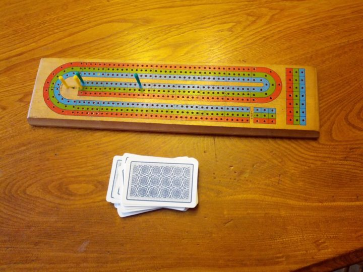 How To Play Cribbage? – A Beginner's Guide
