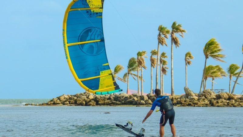 A Complete Guide For Kitesurfing