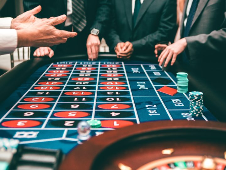 Best Casino Table Games to Try Your Luck