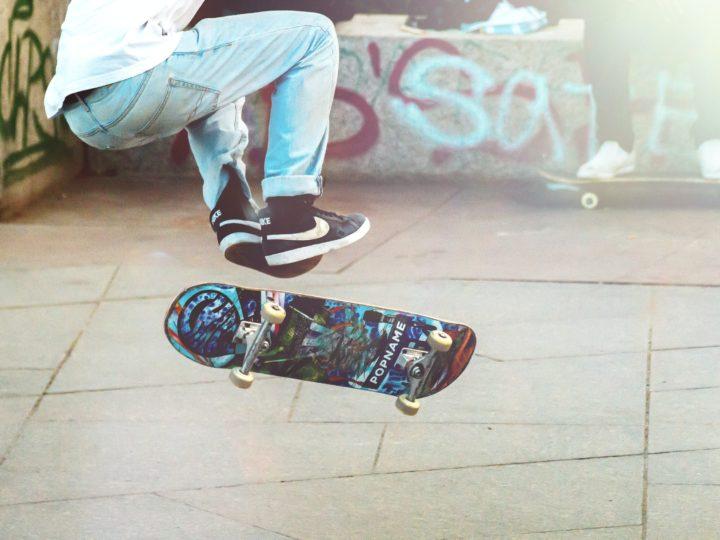 Longboard VS. Skateboard